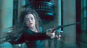 Bellatrix_Lestrange_holding_the_Godric_Gryffindor's_sword